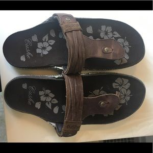 Brown leather cushe sandals